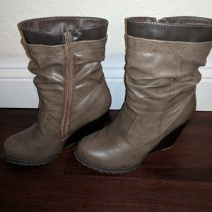 VENUS Shoes - Wedge Booties